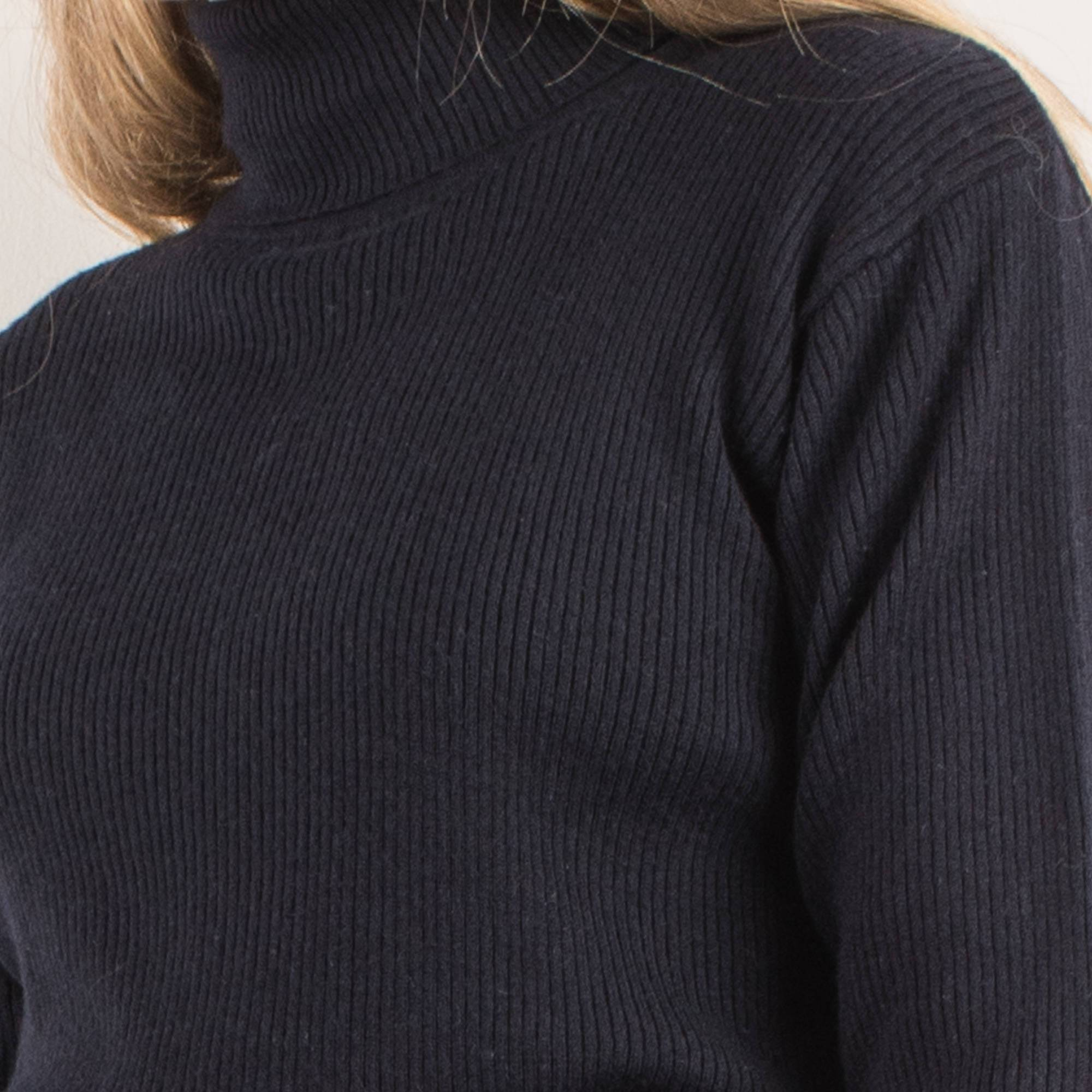 Vintage Navy Knit Turtleneck Sweater / S - Closed Caption