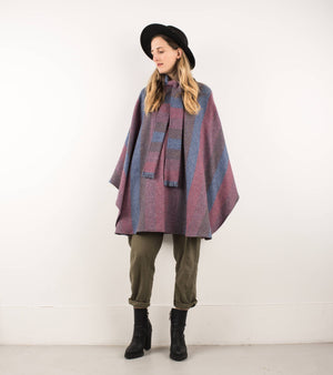 Vintage Dark Muted Pastel Wool Poncho / S/M/L - Closed Caption