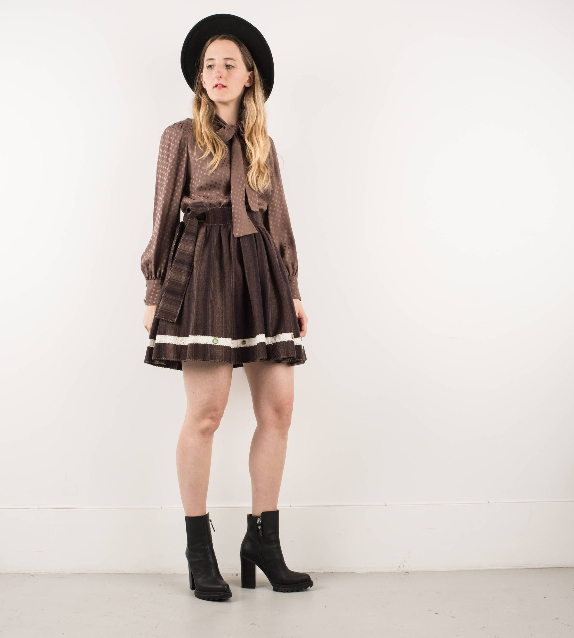 Handmade Chocolate Striped Wool Wrap Skirt / ONE SIZE - Closed Caption