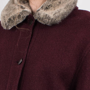 Vintage Burgundy Felted coat with detachable faux fur collar lining / S - Closed Caption