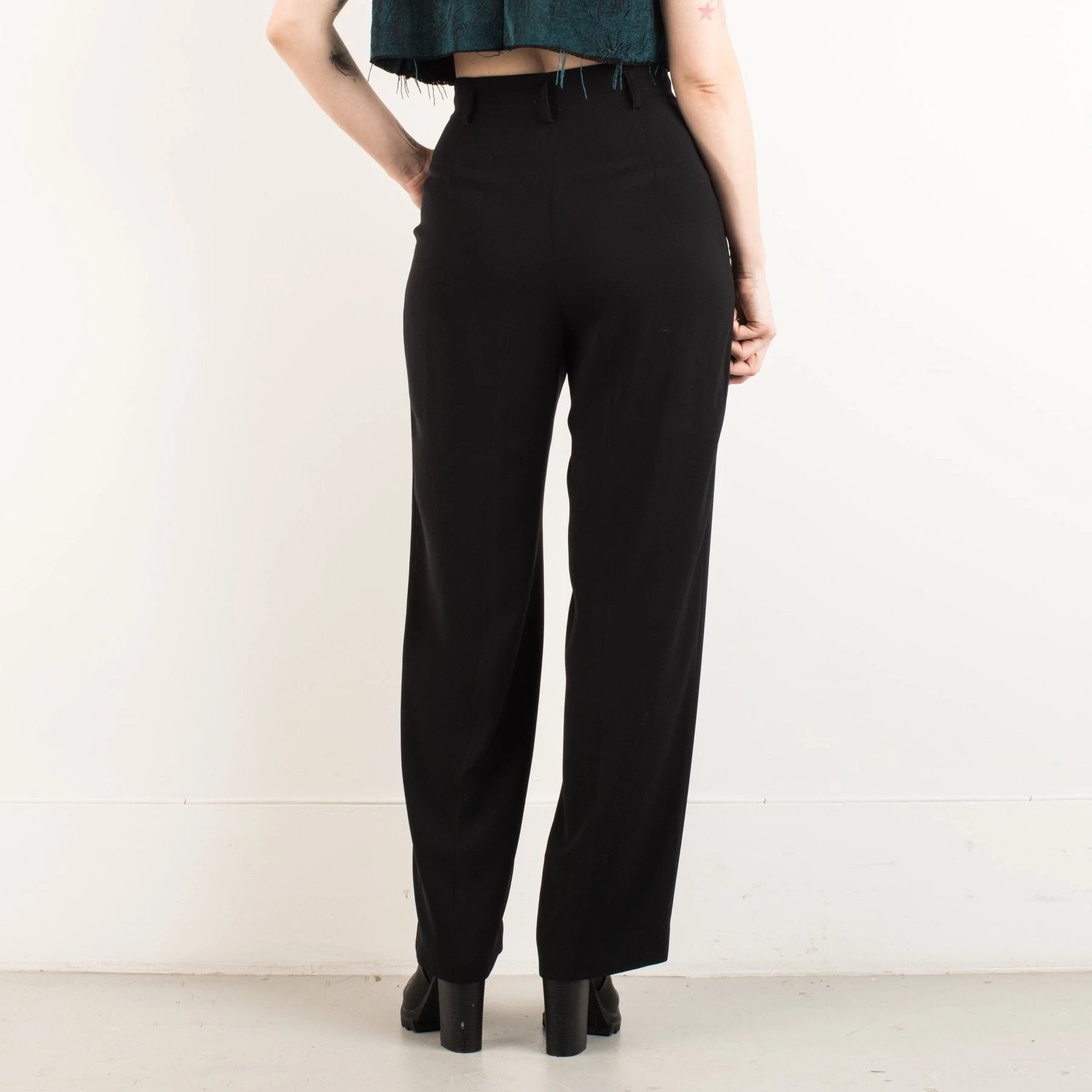 Vintage Charcoal High Waist Wide Leg Pleated Trousers / M - Closed Caption