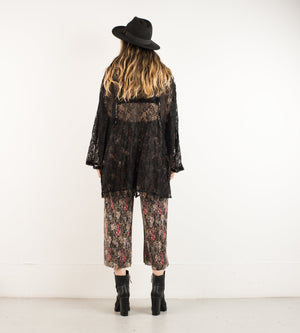 Vintage Black Lace Blouse / M/L - Closed Caption