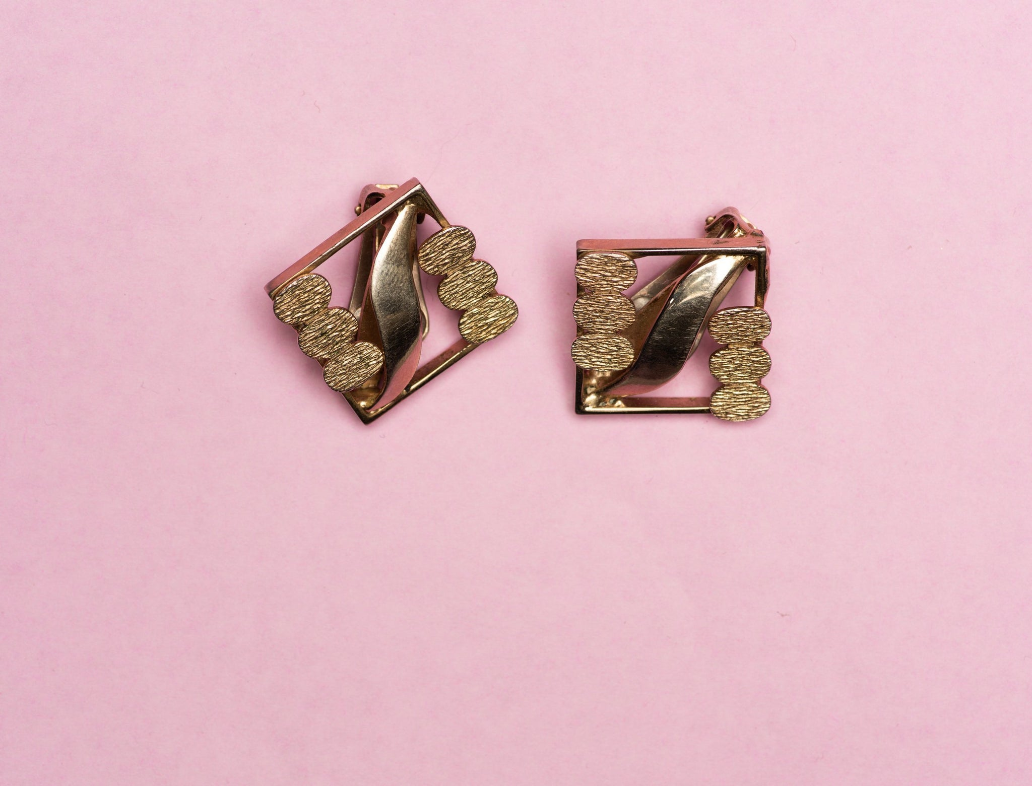 Vintage Art Deco Square Clip-on Earrings - Closed Caption