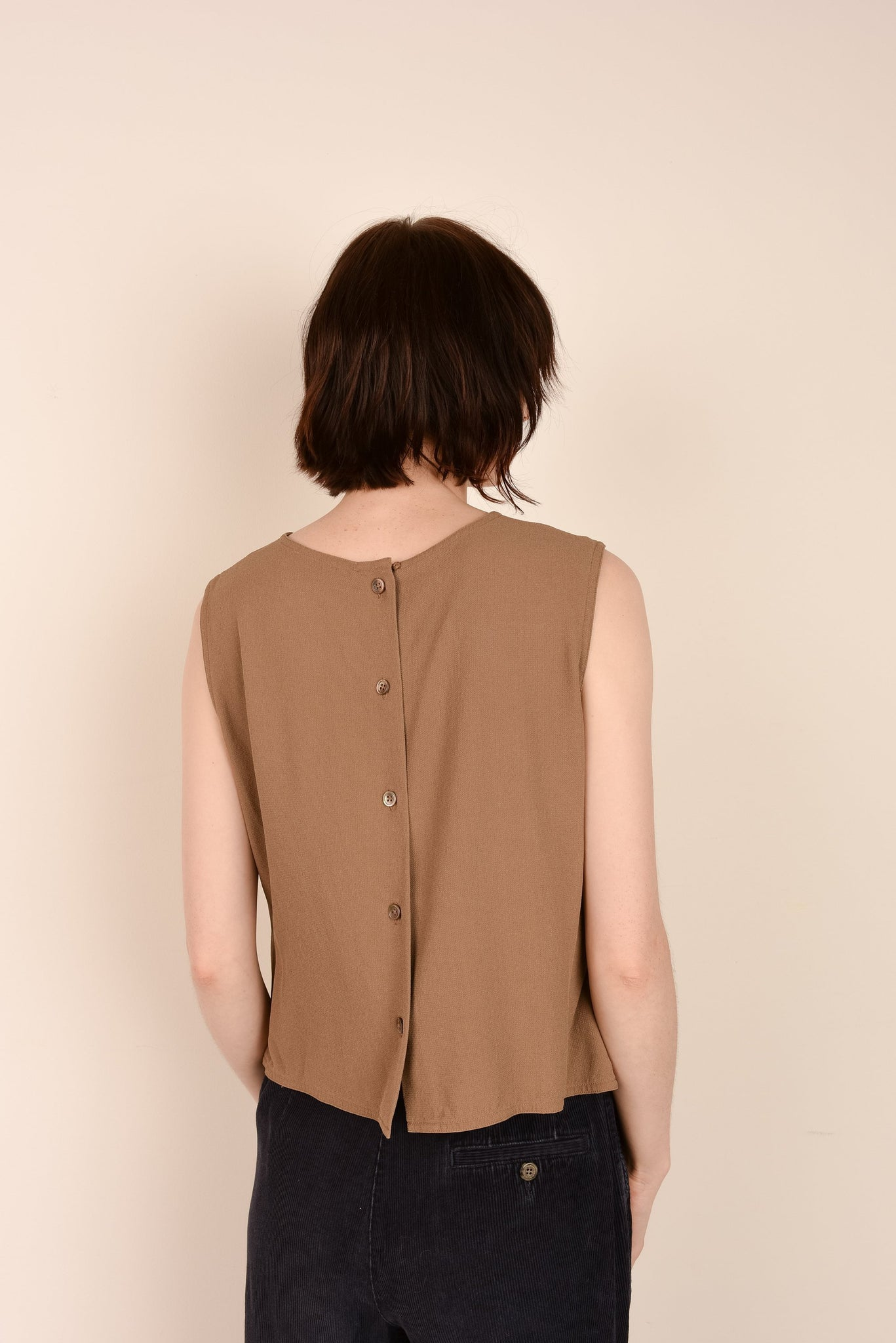Vintage Butterscotch Silk Sleeveless Blouse / S - Closed Caption