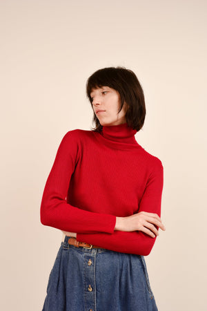 Vintage Cherry Red Ribbed Silk Knit Turtleneck Sweater / S - Closed Caption