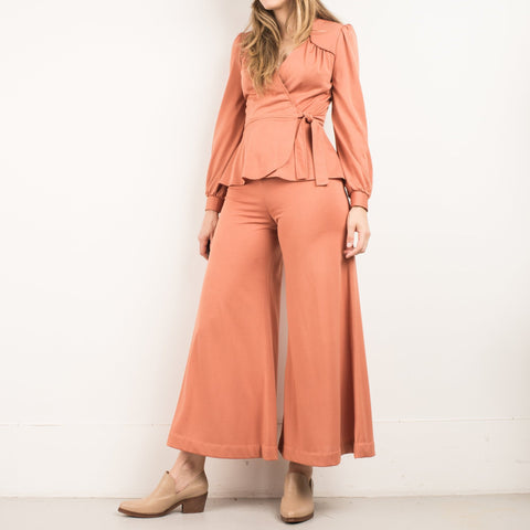 Vintage Peach 70s High Waist Pants + Ruffle Blouse Set / S