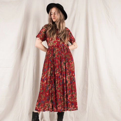Vintage Cherry Red Floral Maxi Dress / S/M