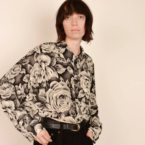 Vintage Black and White Roses Crop Blouse / S/M