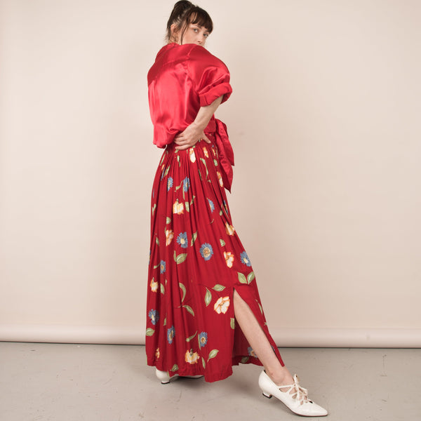 Vintage Red Flower Field Flowy Maxi Skirt  / S/M