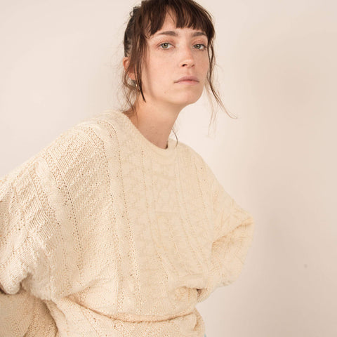 Vintage Oversized Creme Cable Knit Sweater  / S/M