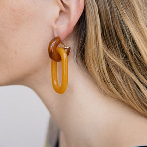 Chunky Smoky Caramel Double Dangle Earrings - Closed Caption | Shop Vintage. Always Sustainable. Never Wasteful.