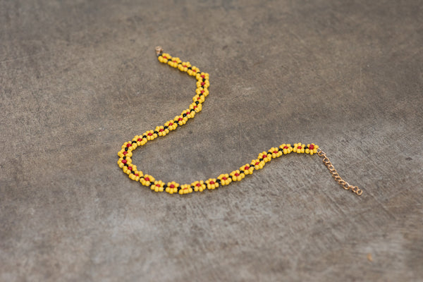 Daisy Yellow Beaded Floral Choker Necklace