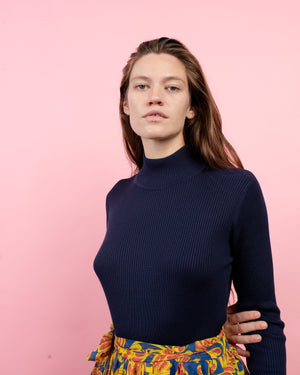Vintage Navy Ribbed Turtleneck  / S/M