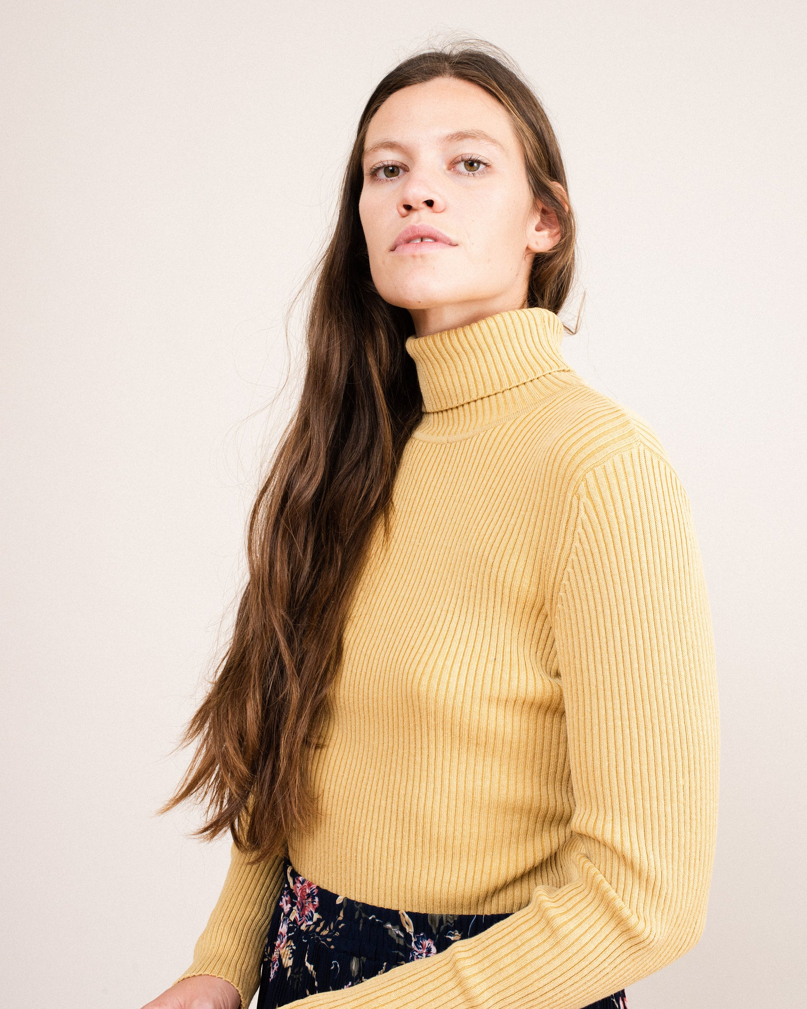 Vintage Toffee Rib Knit Turtleneck Sweater / S/M