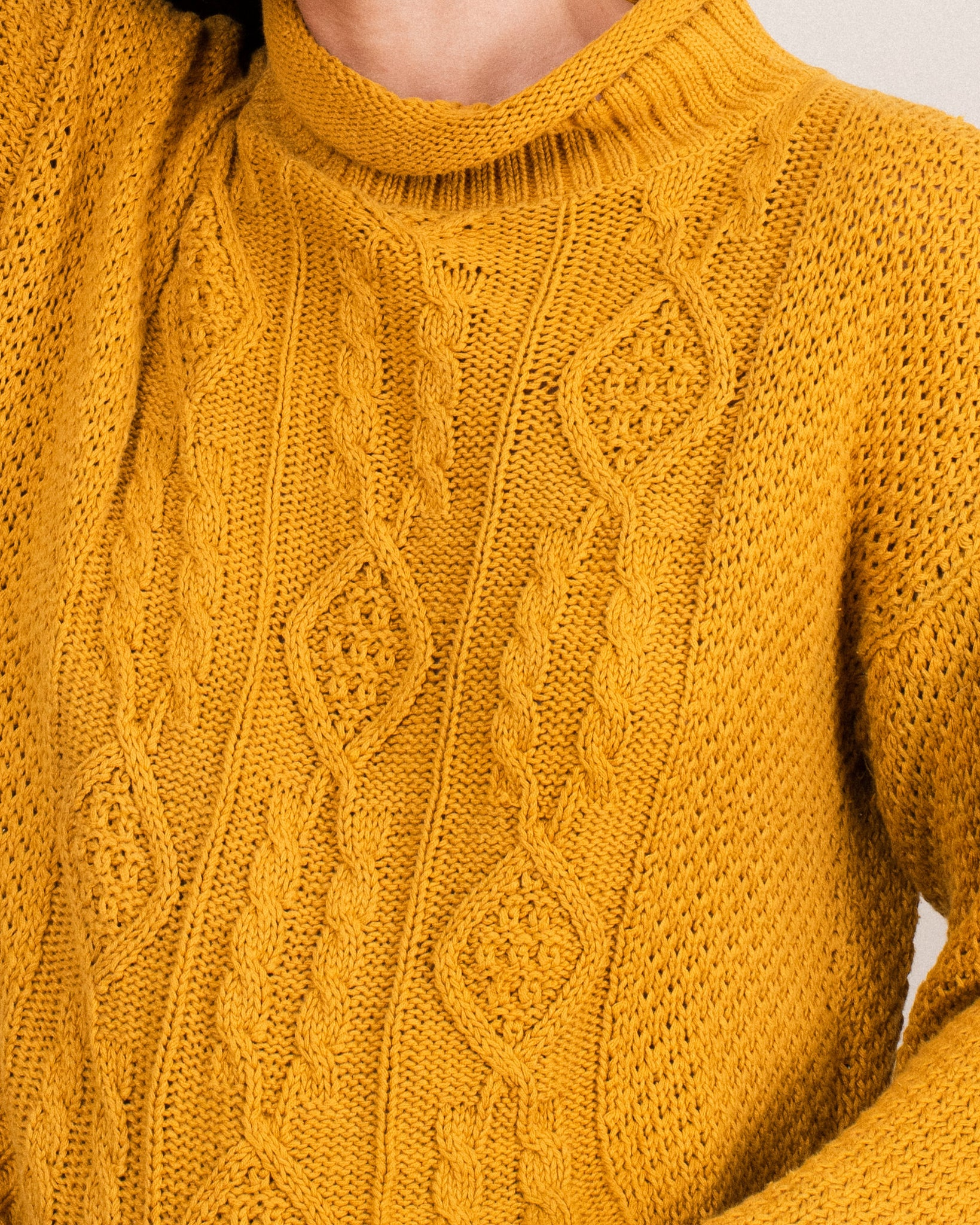 Vintage Chunky Ochre Cable Knit Sweater / S/M