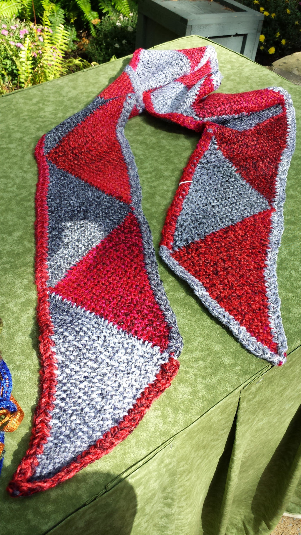 Scarf Pattern - Triangles All Around