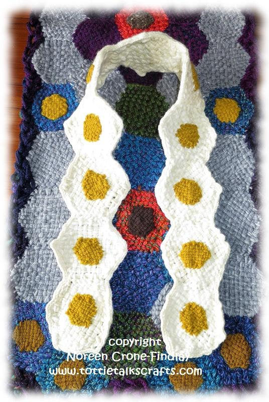 Pattern - Hexagon Chicken Bag and Egg Scarf