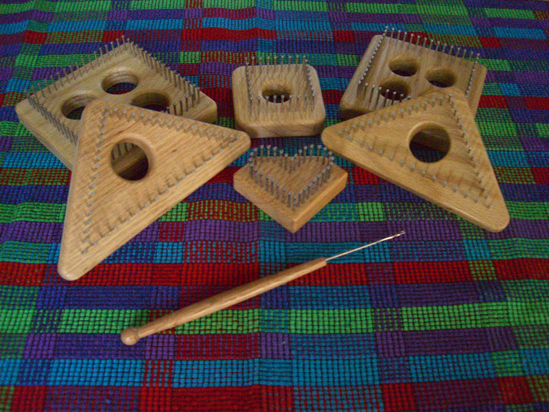 Li'l Weaver Latch Hook Weaving Tool--FREE SHIPPING
