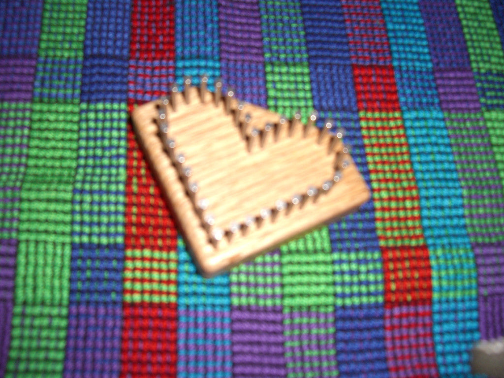Video - Li'l Weaver Heart Loom