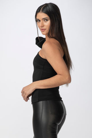 Varon One-Shoulder Top
