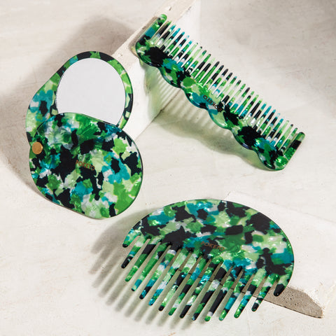 Circle Comb in Green Multi