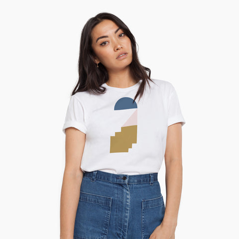 Poketo Elevate Tee Woman Model