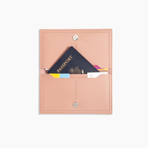 Minimalist Travel Wallet Inside Blush