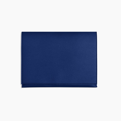 Medium Minimalist Folio V2 in Cobalt Front Closed