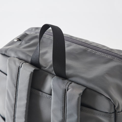 Ted Weekender Bag Gray Detail