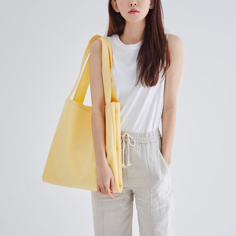 Twin Tote Yellow Bag on model