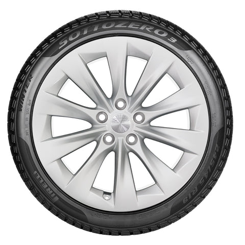 "19"" Slipstream Wheel and Winter Tire Package"