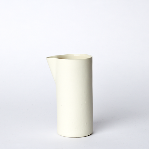 Carafe Small in Milk