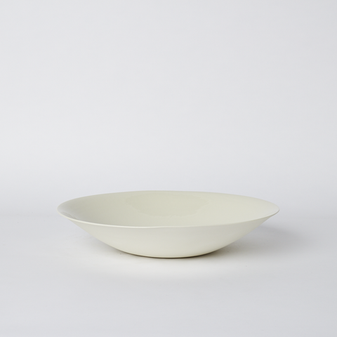 Nest Medium Bowl in Milk