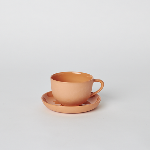 Tea Cup and Saucer Round