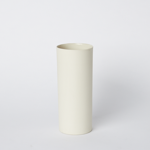Vase Round Medium in Milk