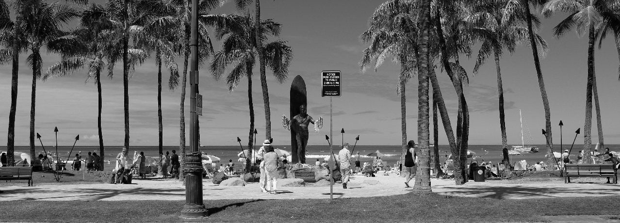 The Duke at Waikiki Beach ©Rudolfoto