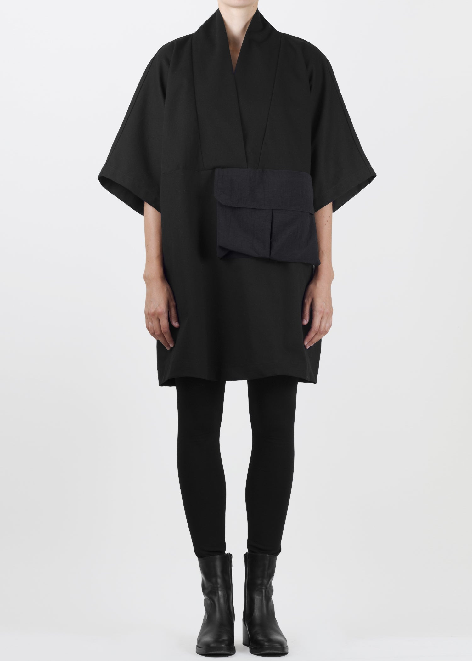 arrow tunic - black