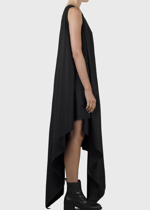 sweep dress - black