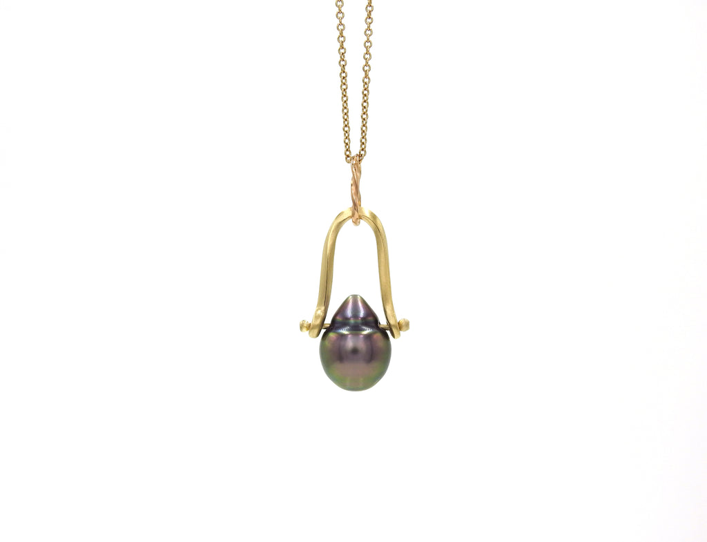 Handmade, baroque Tahitian  pearl pendant, on 18kt yellow and red gold, made by ZEALmetal, Nicole Horlor, Kingston, ON, Canada