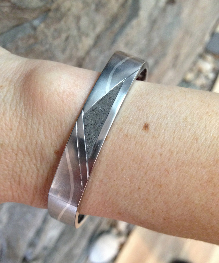 Soft square bangle with limestone and silver inlay