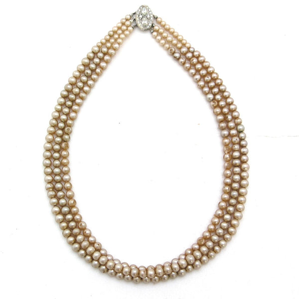 D is for Deco pearls