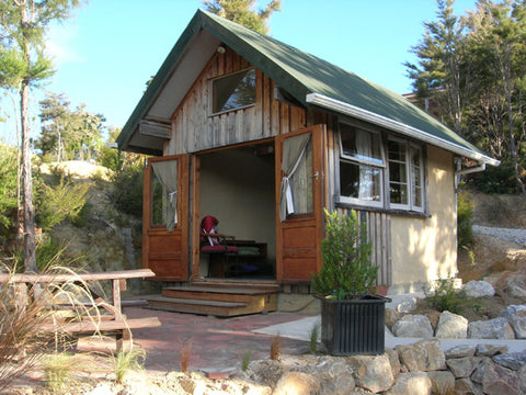 Te Waikoropupu chalet golden bay accomodation