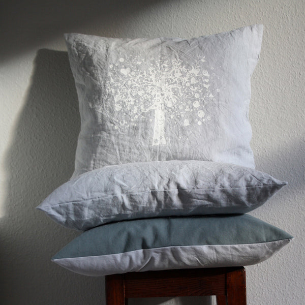 the old oak pillow blue