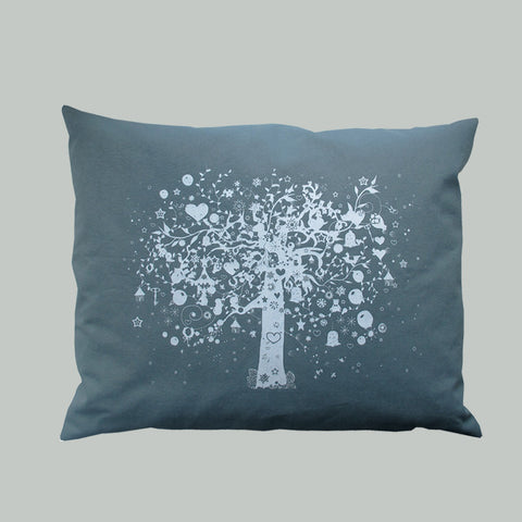 Old Oak pillow blue