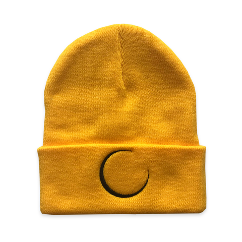 products/crescent_beanie_gold_403633cc-1a21-4849-b790-ca436b8e879e.png