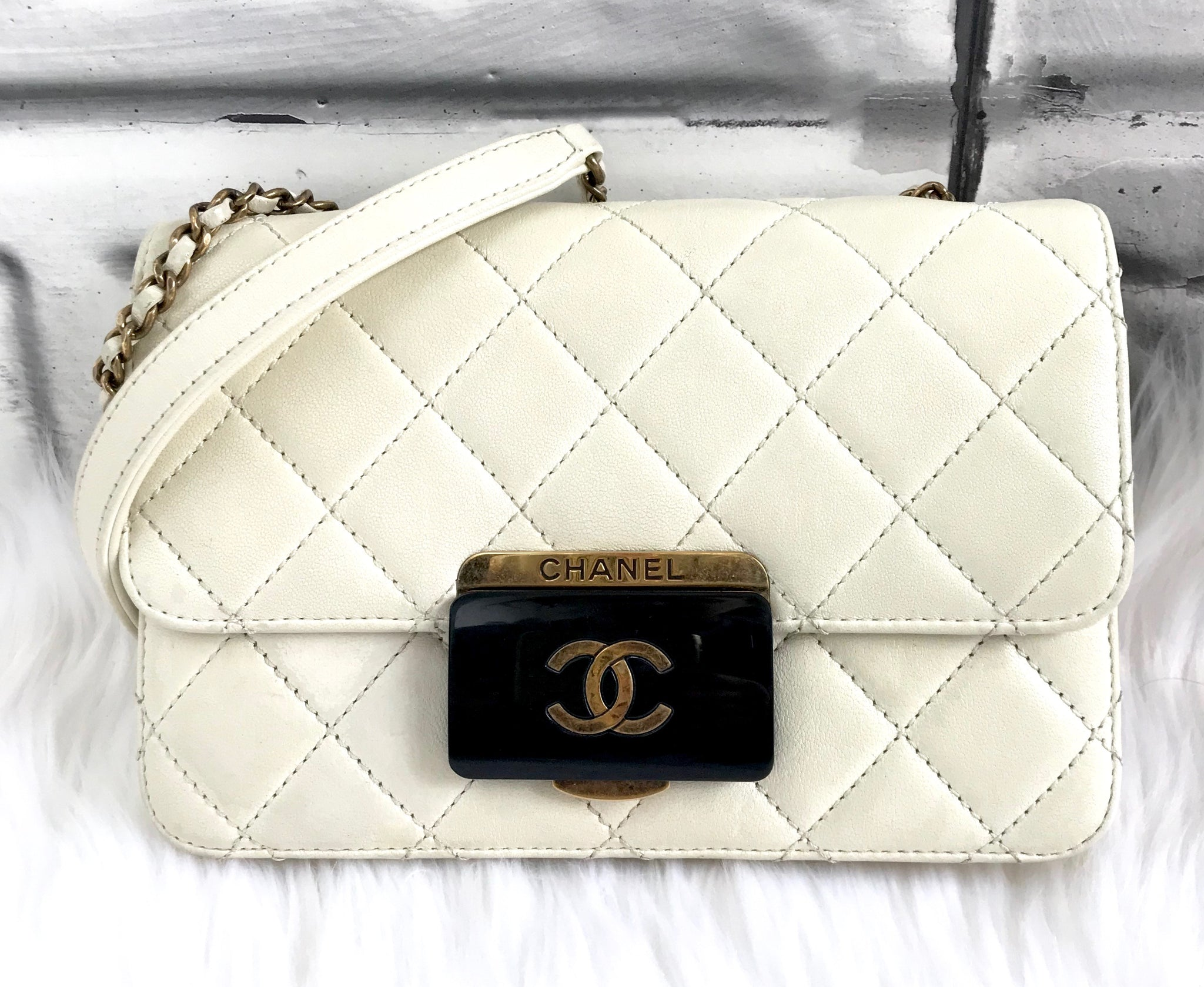 53013b74f16228 CHANEL Off White Beauty Lock Quilted Flap Bag – Clutch & Covet, LLC