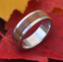 Lados Oak Wood Ring - Naturaleza Organic Jewelry & Wood Rings