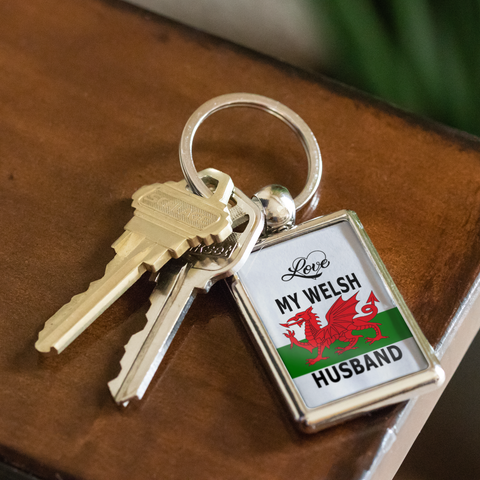 Love My Welsh Husband Key Chain Gift for Wife Wales Nationality Novelty Birthday Present for Her
