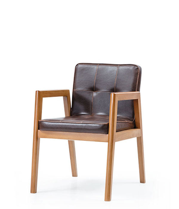 Clasic square armchair woth leather cushioned seat and back and a wood frame. Front 3/4 view.