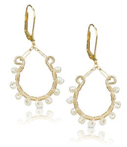 Vianca White Pearl Earrings